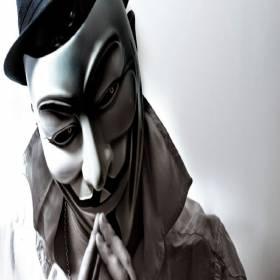 Anonymous: A hist�oia do grupo de hackers que se tornou lenda