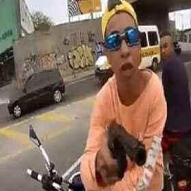 Assalto a igreja virou diversão de bandidos no Rio
