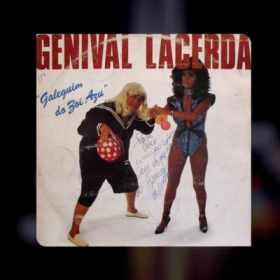 Danilo Gentili compara foto de capa de disco de Genival Lacerda com o Quico