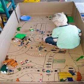 Papelão + Criatividade = Brincadeiras pra garotada toda!