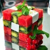 Saladas e frutas são das melhores refeições